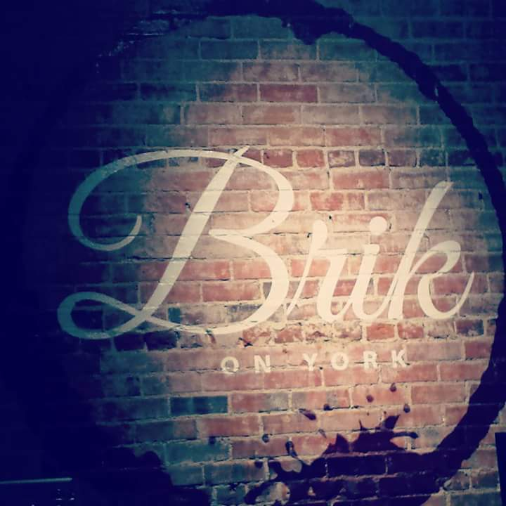 Brik on York – Open Mic